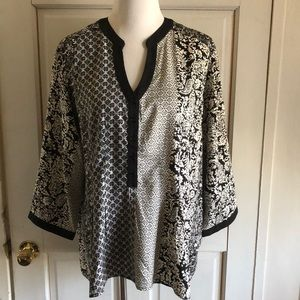 Women's 1X Northstyle Black White patterned Top